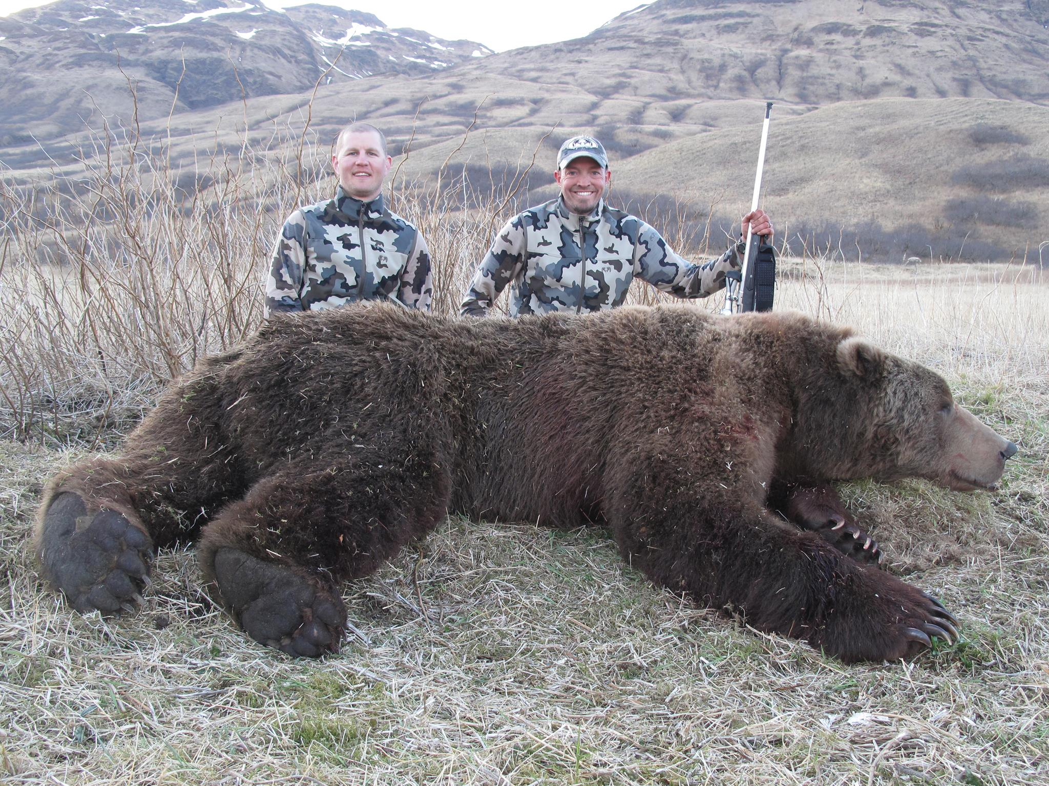 На Алясці вполювали велетенського грізлі
