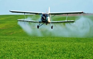 a72c714b-25ed-417e-8d07-32d3c3a25447літак-пестициди